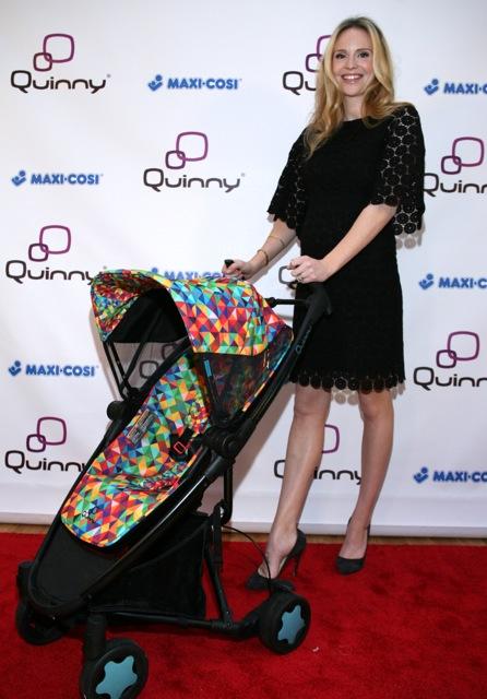 Дизайнер Рози Поуп с коляской Quinny собственного дизайна. Фото с сайта www.growingyourbaby.com