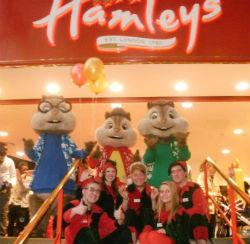 Интерьер магазина Hamleys в Глазго. Фото со страницы магазина в Фейсбуке