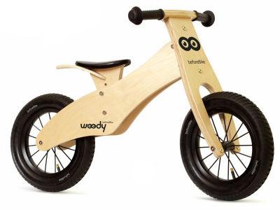 Первый российский дизайнерский беговел Woody